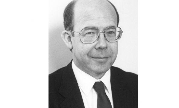 President 1990: Hawksworth