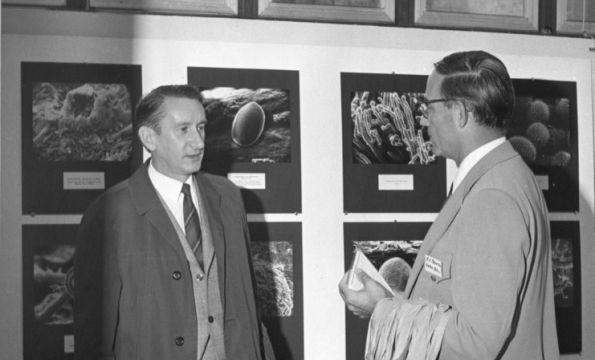 E.S. Beneke (right)